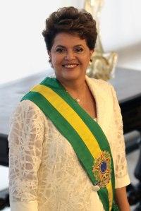 Dilma Vana Rousseff (PT), 66 anos, foi reeleita, em segundo turno, neste domingo (26), presidenta do Brasil.